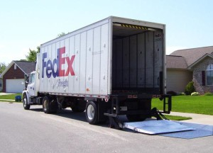 fedex_freight_making_home_liftgate_delivery_seymour_in_5-5-10